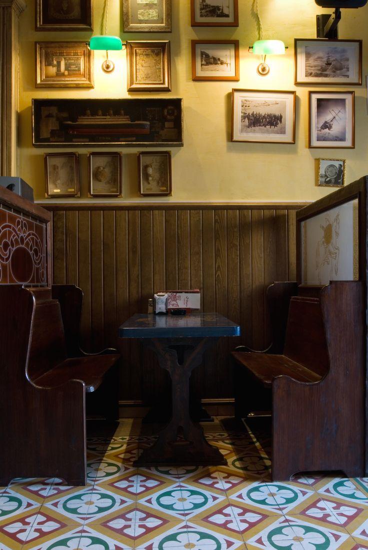 Bocchini developed the #interior #design for the spanish brand O'Hara #irish #pub. #arredamento #ospitalità #beer