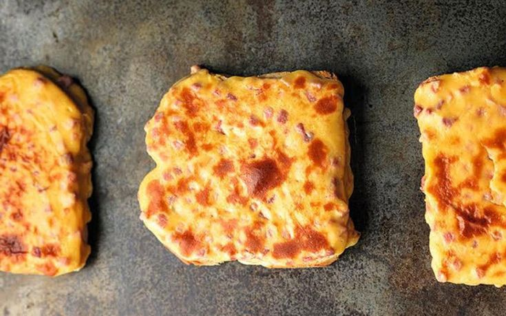 Pretty decent recipe for #GrilledCheeseSandwichDay and very close to Welsh Rarebit #valleys2vauxhall