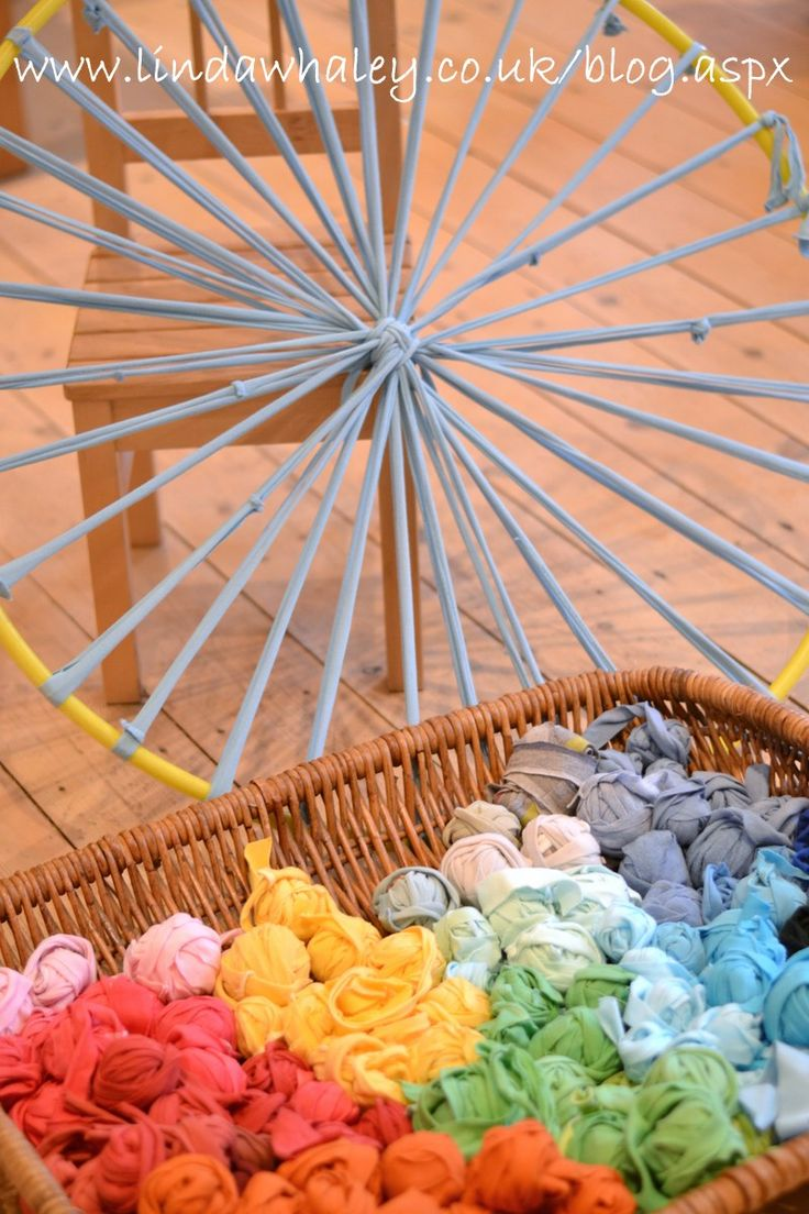 hula hoop weaving - Circular strips of t-shirts were placed around the hula hoop frame
