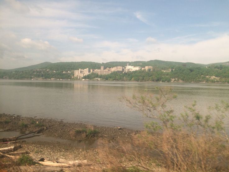 There are some interesting sites along the Hudson. West Point United States military Academy is one of them.