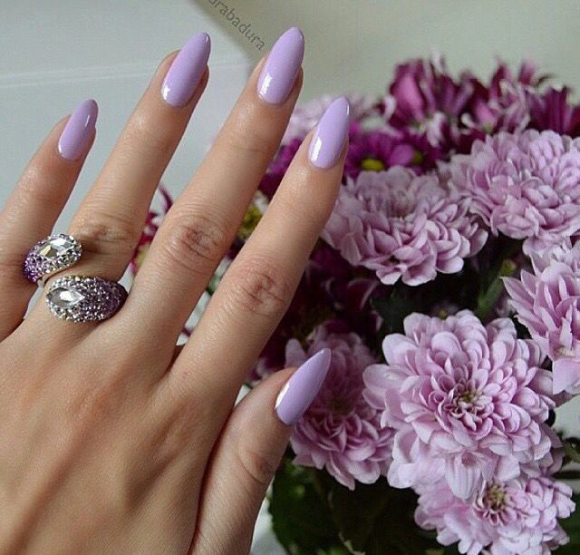 Lavender almond nails More