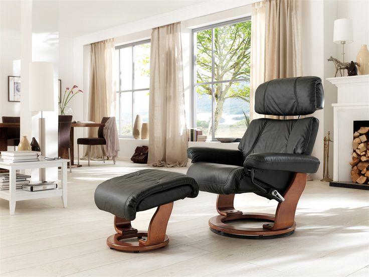 Relax-SesselKapstadt mit Hocker Absolut hochwertig verarbeiteter bequemer Wohnsessel in ansprechendem Design. Ein zeitloses Möbelstück zum Entspannen mit raffinierten Details für einen...