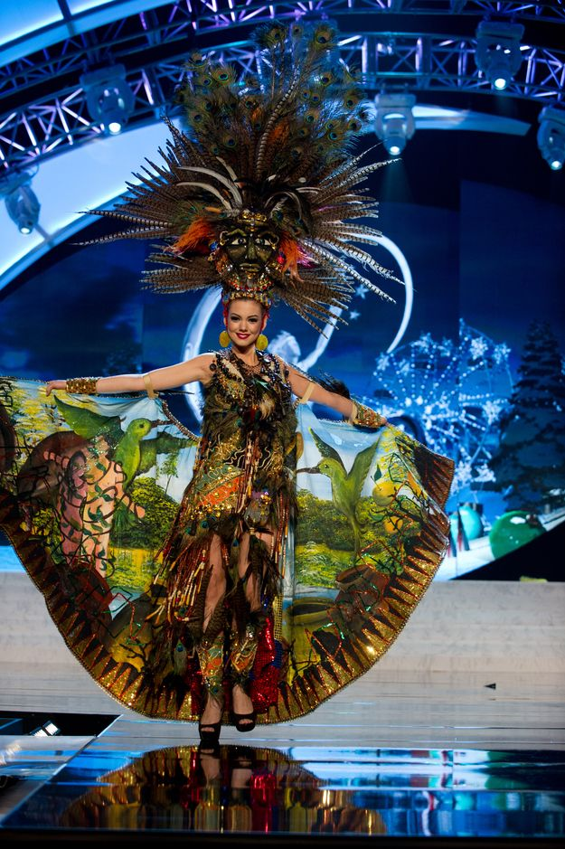 "Miss Ecuador —  Best ""Rain Forest Dream"" 