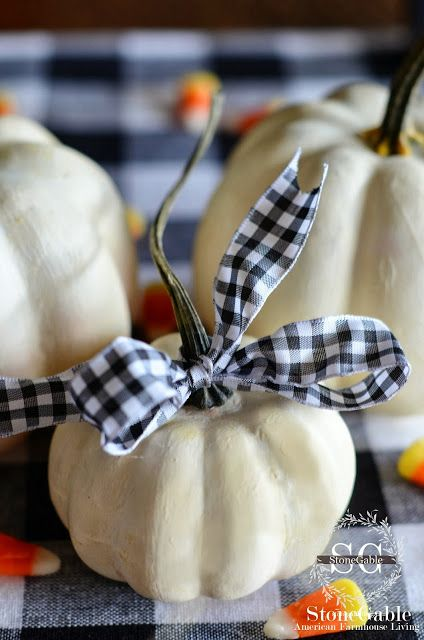super easy pumpkin decorations