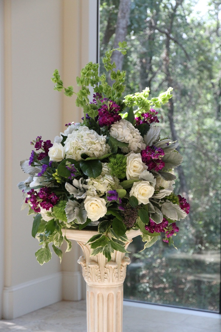purple and green wedding flowers for a wedding ceremony dallas wedding flowers by. Black Bedroom Furniture Sets. Home Design Ideas