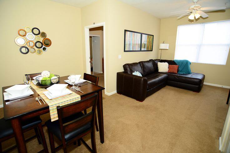 Foxridge Room For Rent