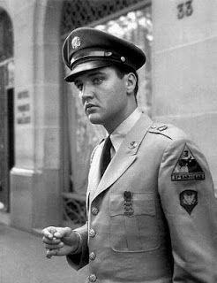 Elvis Presley  in Paris!