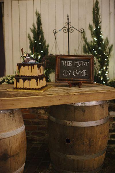 hunting groom's cake | Leslie Hollingsworth