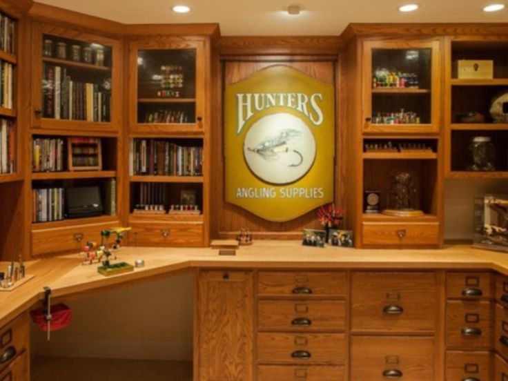 Ultimate fly tying room!