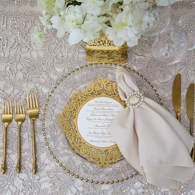 Exquisite table design at @thefloralexperience @karentranevents. Gold cutlery and charger plates @luxuryeventsphuket, stunning linens @eventsbynadia, stationery @jgrace_stationery and calligraphy @me_eventsphuket. #KTPHUKET Venue: @anantaralayanphuket Support Florist: @iamflower.co Planner: @luxuryeventsphuket Photography: @madiowphotography  Cinematography: @tichakorn_cinematography Rose grower:  @rosaprimaroses Lux linens: @eventsbynadia Stationery: @jgrace_stationery  Make-up…