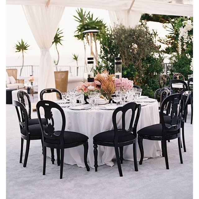 A Portion Of The Seating Was Designed At Linen Covered Tables Nice Contrast For Our Black Madrid Dining Chairs Creative Partners Planning Floral And