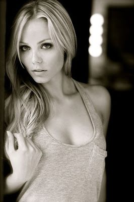 Laura Vandervoort | Elena Michaels in Kelley Armstrong's Bitten TV series | Women of the Otherworld