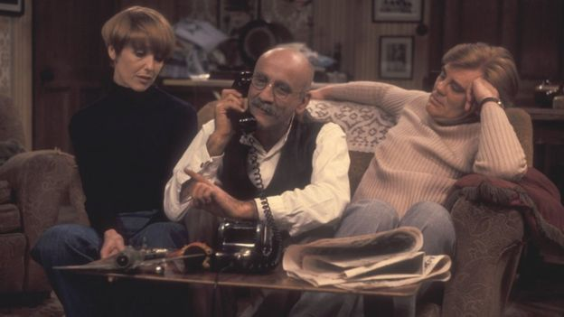 Una Stubbs, Warren Mitchell as Alf Garnett and Anthony Booth.  Mitchell began playing the character Alf Garnett at the age of 40 in 1966 and appeared in more than 50 episodes until the programme ended in 1975.