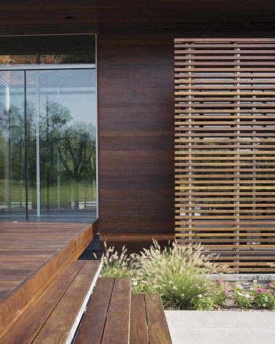 wood screen - Curved House / Hufft Projects | ArchDaily