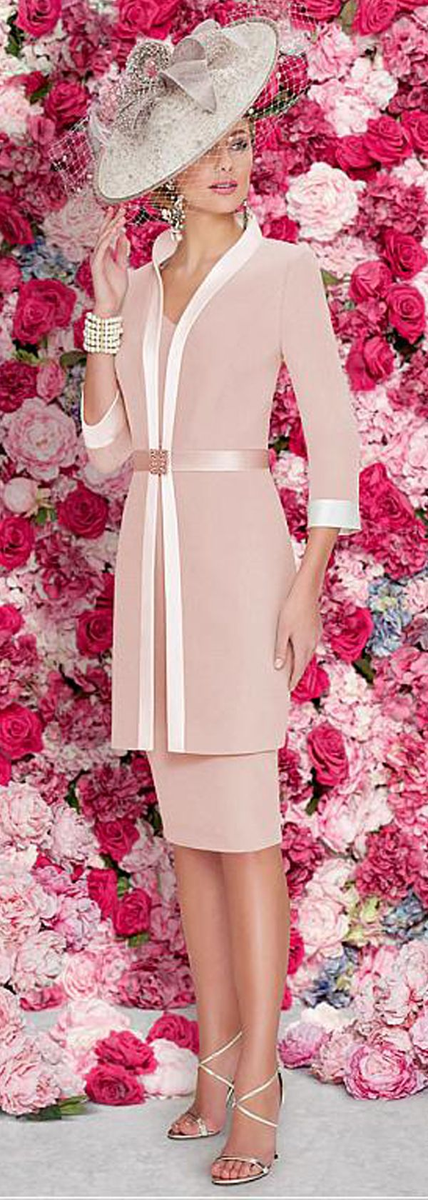 Exquisite Satin High Collar Neckline 3/4 Length Sleeves Sheath/Column Mother Of The Bride Dresses With Detachable Coat & Beadings