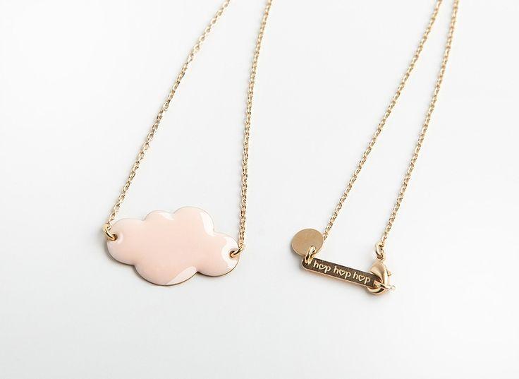 Jelanie: cloud necklace powder in pink by Hop hop hop