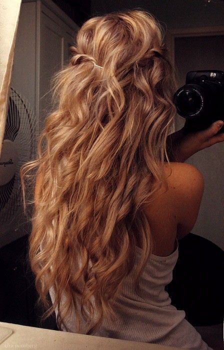 Messy curls with twisted braid.  I can't wait until my hair gets longer!