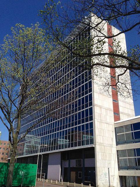 Recent heeft sv|AA onderzoek gedaan naar de mogelijkheden om het voormalige AZIVO-gebouw aan de President Kennedylaan in Den Haag te transformeren naar een hotel.  Het voormalig Azivo kantoorgebouw staat momenteel leeg. Door de herbestemming tot hotel krijgt het gebouw een tweede leven en de omgeving extra allure.