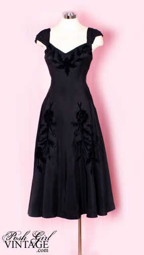 1940's evening dress -- why don't they make clothes like this anymore?!