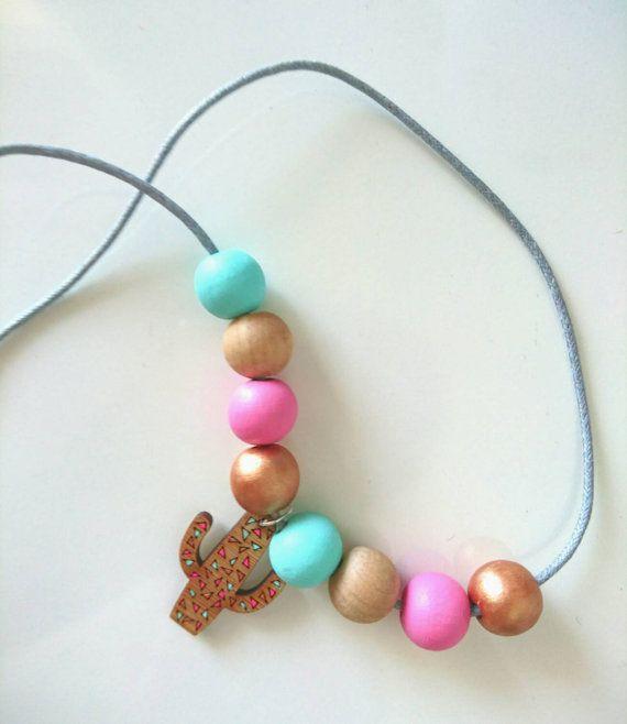 Confetti cactus necklace von ZanaZelephant auf Etsy