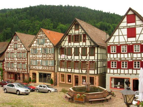 half timbered houses schiltach black forest baden w rttemberg germany great buildings. Black Bedroom Furniture Sets. Home Design Ideas
