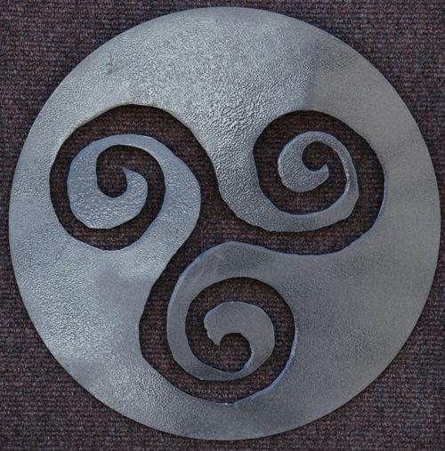 Druid Symbols | Home :: Celtic Symbols :: Triskelion / Triskele Spiral Celtic Symbol ...