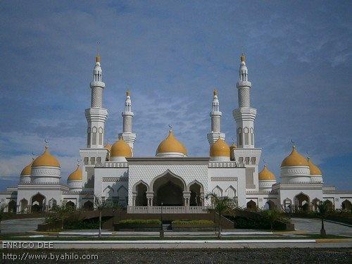 Masjid Sultan Haji Hassanal Bolkiah, Cotabato City, Maguindanao, Philipines.