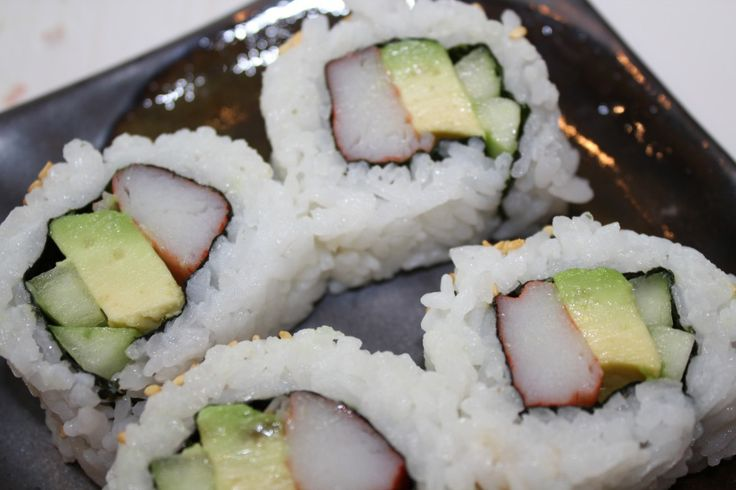 California Sushi roll recipe.  This is a classic American sushi roll.  Cooked Sushi roll for beginners. Sushi Mark  California sushi rolls are an American sushi favorite, and the actual reason why I decided to learn how to make sushi at home. This...