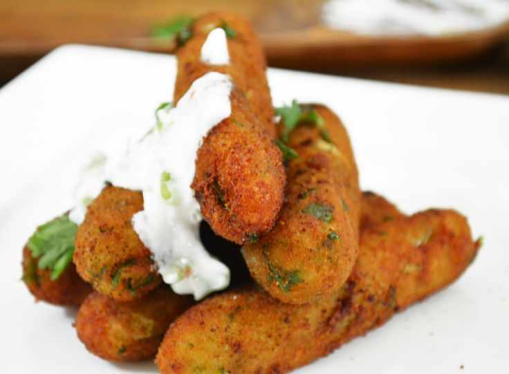 Baby corn cigar is a delicious appetizer to be served for your weekend dinner parties. It is made with coating the blanched baby corns with spiced corn flour and deep fried. Serve it with cottage cheese dip with salad. Recipe by Pooja. http://ift.tt/2bVXFAo #Vegetarian #Recipes