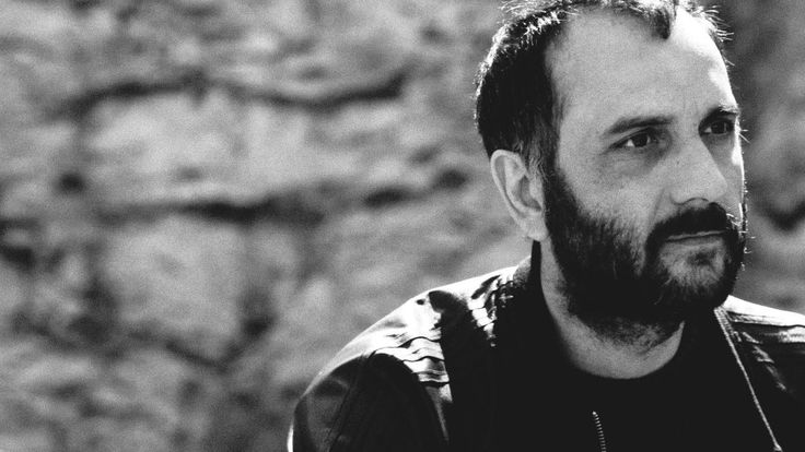 Babis Makrides studied at the Stavrakos Cinema and Television School and belongs in a new generation of directors, knwon as ''the directors of the paradox''