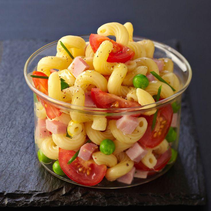 Découvrez la recette Salade de pâtes au jambon sur cuisineactuelle.fr.