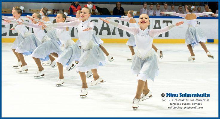 Team Sympatique (pre juvenile level) FIN at a competition November 2014