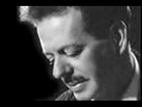 Τσιτσάνης-Της Γερακινας Γιος (+playlist)
