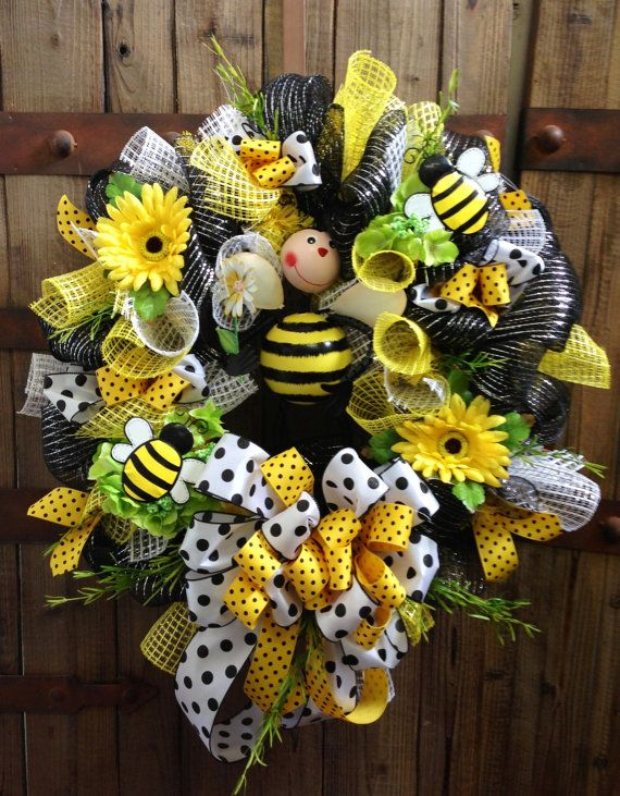 Bumble Bee Wreath by WilliamsFloral on Etsy