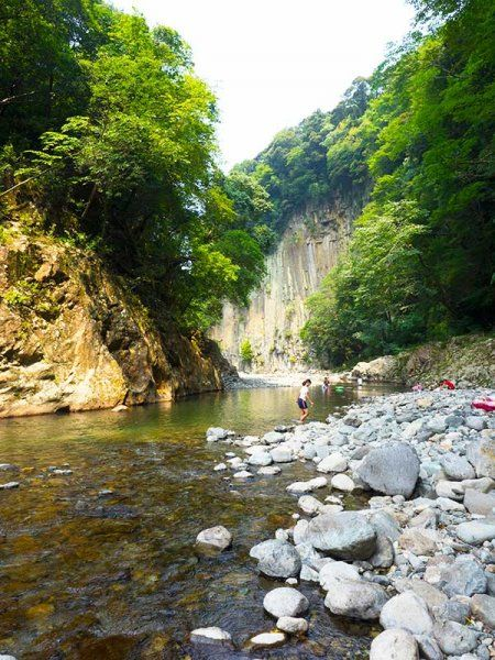 OITA HOT SPRING TRAIL - The Oita Hot Spring Trail is a fully guided, Level 2.5 tour suitable for reasonably fit people who can walk comfortably for 4 hours a day. The route is mainly on grassy paths, forest trails, gravel tracks, quiet country roadsaaa