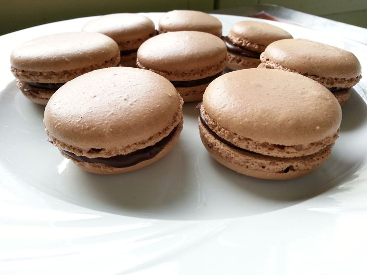 Macarons au chocolat - companion