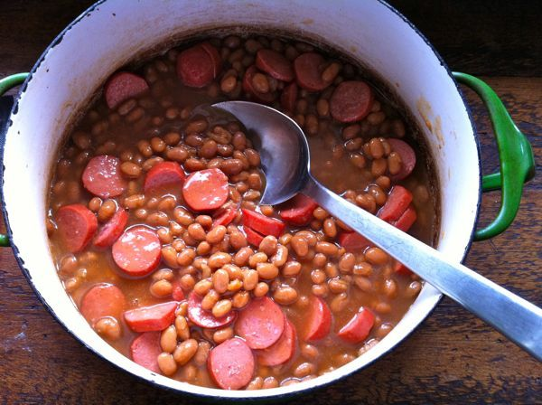 """franks and beans (dried navy or great northern beans, brown sugar, spicy brown mustard, molasses, ketchup, maple syrup, bacon, """"good"""" hot dogs)"""