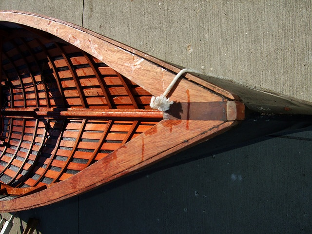 Bow of Currach by mehughes, via Flickr