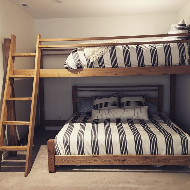 17 best ideas about queen loft beds on pinterest kid. Black Bedroom Furniture Sets. Home Design Ideas