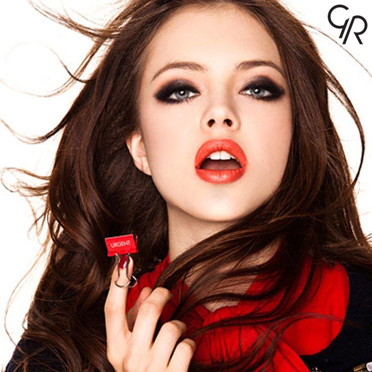 Kırmızı ve siyahın aşkıyla herkese mutlu haftalar.