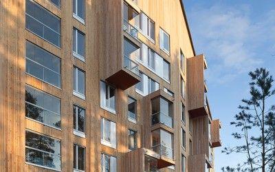 Suomen ensimmäisessä kahdeksan kerroksisessa talossa julkisivu materiaalina on käytetty Siparian Topcoat- paneelia palosuojattuna. Topcoat® UTS 28x145