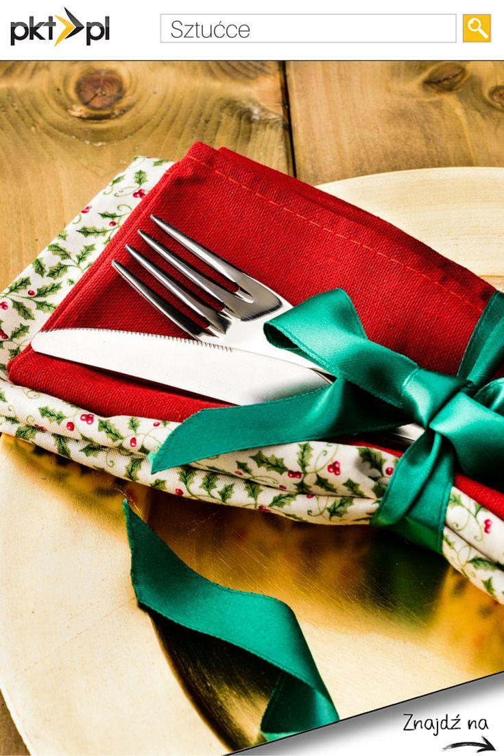 Sztućce będą się pięknie prezentować na wigilijnym stole, jeśli położycie je na bawełnianej serwetce i przewiążecie wstążką. :)