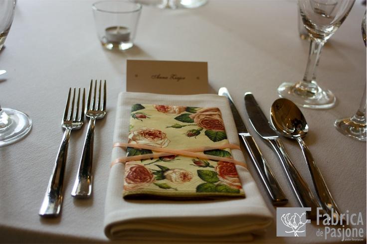 Łososiowa dekoracja stołu