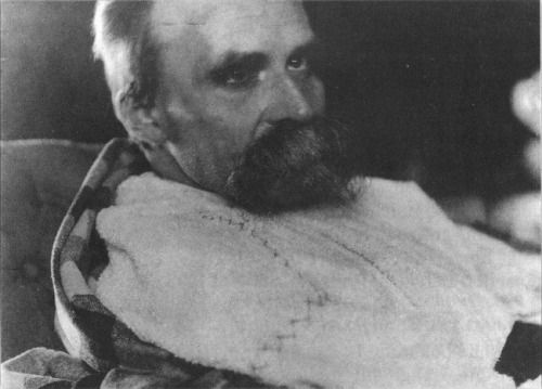 Friedrich Nietzsche in a psychiatric hospital, 1899.
