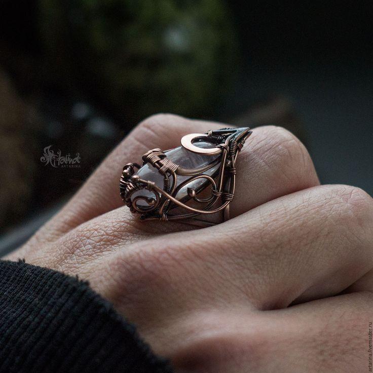 Купить Медное кольцо с розовым кварцем. Wire wrap - бледно-розовый, кольцо с кварцем