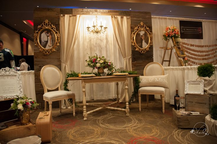 NW Bridal Showcase '14 | Photo by: Vail Studio Photography | Wedding Show | Wedding Show Booth | Engaged | Purple | Gold