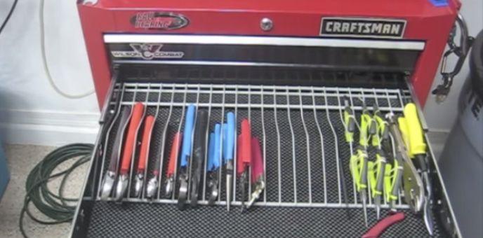 71 best images about garage on pinterest broom handle for Online garage design tool