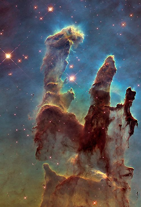 "~~The iconic Eagle Nebula's ""Pillars of Creation"" 