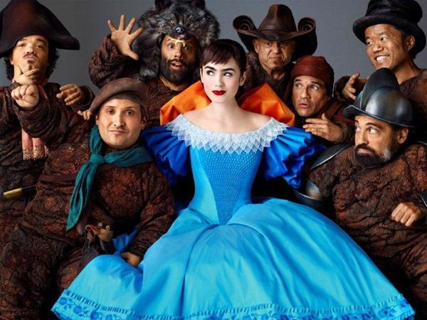 Lily Collins : 映画『白雪姫と鏡の女王』、エンドロールでリリー・コリンズがイイ / BARKS ニュース