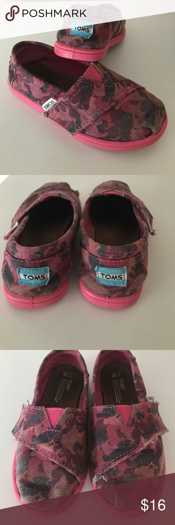 Pink Camo toms Cute pink camo Toms, pre-loved, see pics for wear :) toddler 10. TOMS Shoes